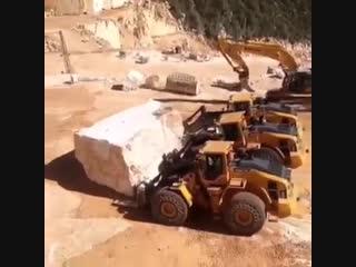 Поехали хором строить египетскую пирамиду...
