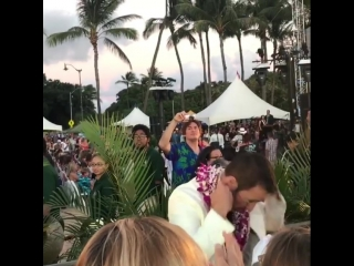 #alexoloughlin and other cast members of #hawaiifive0