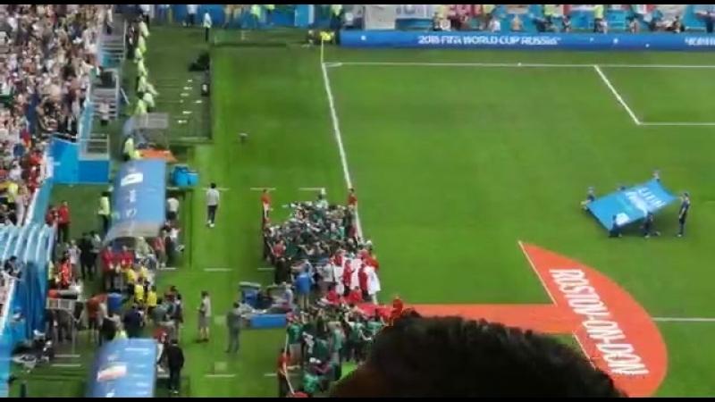 На видео не передать, что творится на стадионе. Мурашки не перестают бегать