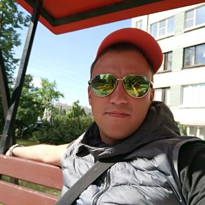 Денис Бурнакин
