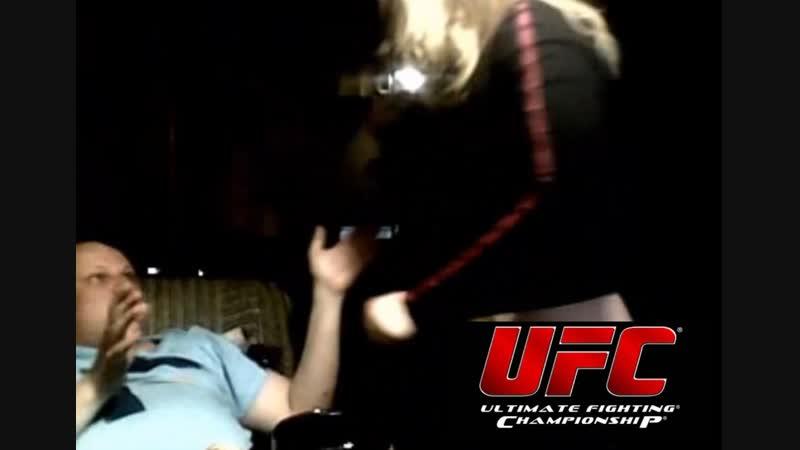 Трёшка vs Пидарович (UFC, 2015 г)