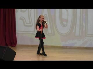 Соседова Ксения, 7 лет. Выступление в конкурсе на иностранных языках FaSiLa? английская номинация.