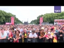 Болельщики смотрят матч Южная Корея — Германия