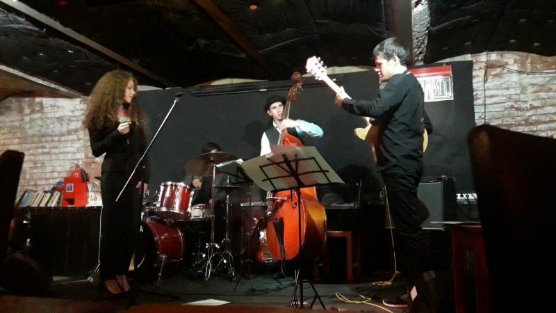 массолит! ArtGuitar Trio