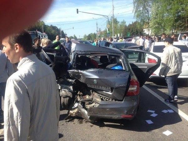 9 мая пьяная женщина устроила ДТП с шестью автомобилями в Домодедово