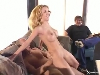 Жену блондинку жестко долбят в присутствии мужа | Vivian West milf sexwife cuckold hotwife swingers сексвайф куколд измена милф