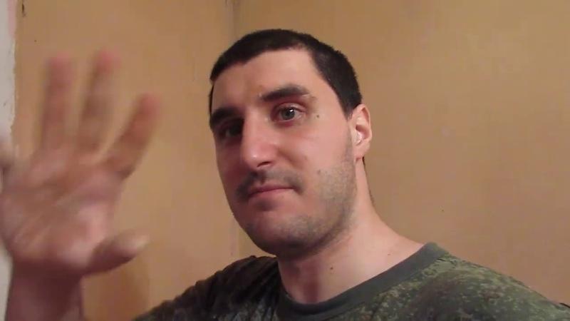 Эльдар Богунов покрасил и об голову бьет глину!