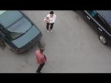 Жена застукала машину затем мужа за компанию )))
