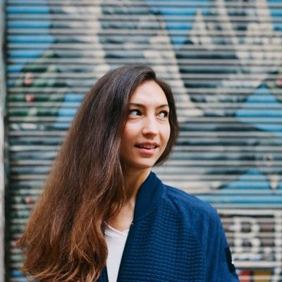 Яна Селицкая