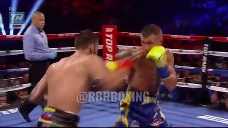 Ломаченко в нокдауне в 6 раунде. Реакция Оскара Де Ла Хойя