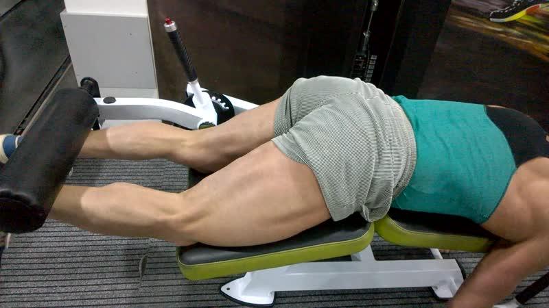 Спортклуб SHPAK GYM ! Концентрированные сгибания ног .