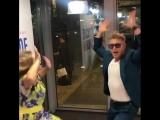 Митя Фомин танцует на Русском радио