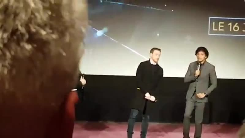 Just a few words from JamesMcAvoy and MNightShyamalan before we had the real privilege to watch GlassMovie tonight ! - - Go and
