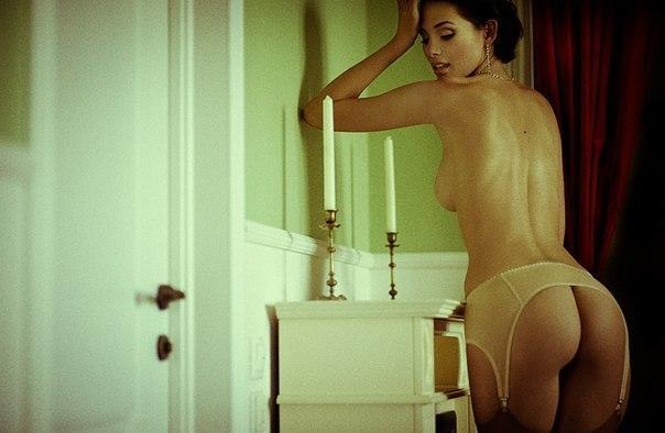 Naked women with xxx boobs