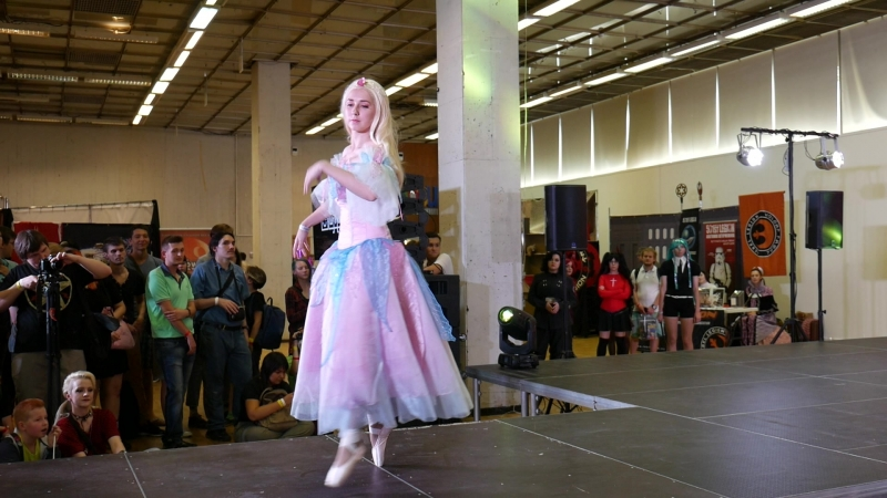 1 3 6 Onigiri sensei Barbie of swan lake Odette