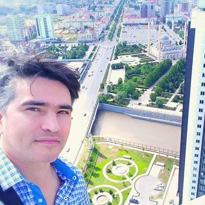 Альберт Амангулов