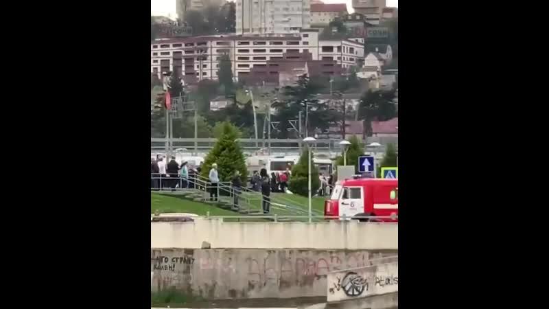 Из крупнейшего ТРЦ Сочи эвакуировали посетителей и персонал