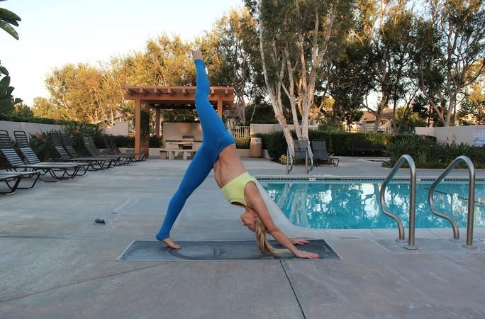 Омолаживающий комплекс упражнений (Yoga Vinyasa Flow)