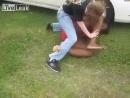Liveleak - Two Girls brawl