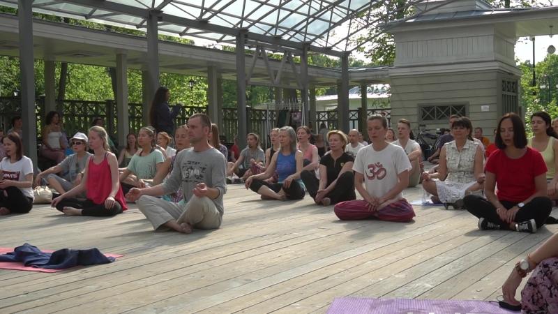 Vedic Sound Vibrational Meditation Session With Shiva Girish At International Yoga Fest Russia