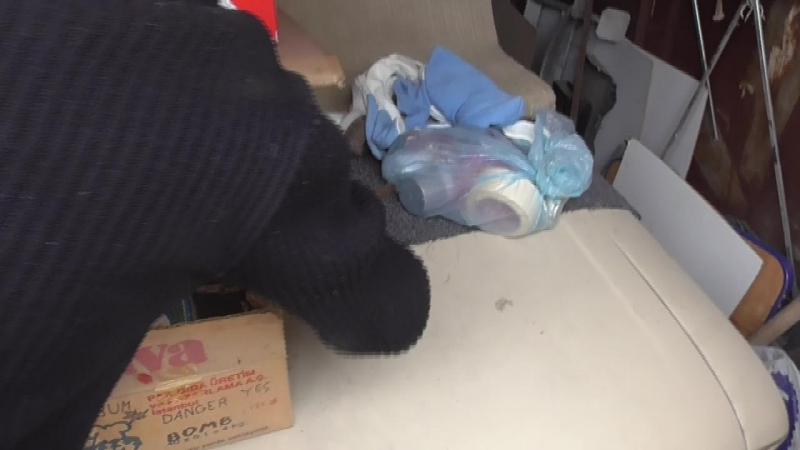 В гараже у севастопольца нашли боеприпасы, порох и тротил