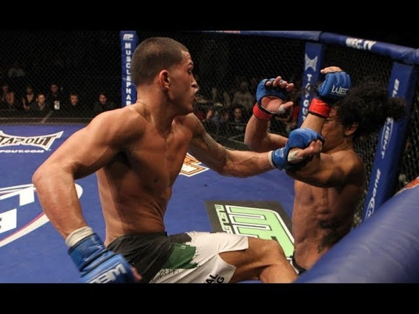 Top 5 Anthony Pettis Moments
