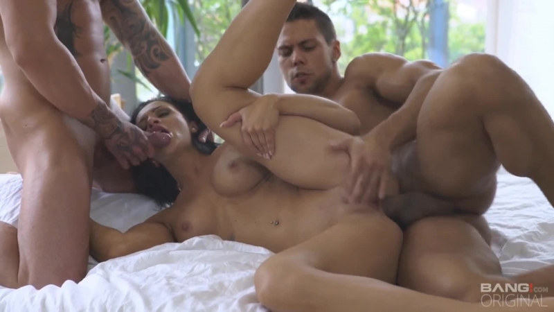 Mom porn anal молодую мамочку долбят в анал покаона сосёт член,порно,минет,анал