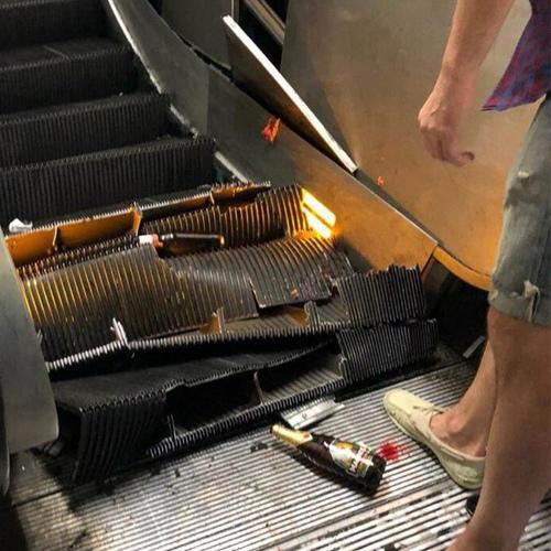 В Риме на центральной станции метро обрушился эскалатор с болельщиками ЦСКА. Есть пострадавшие