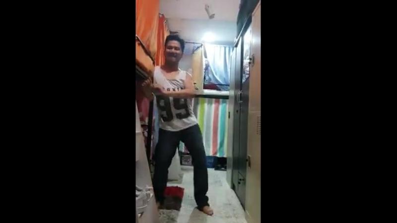 Funny Videos - Dancer Accidentally Punches a Bunk Bed Facebook (SD) (via Skyload)