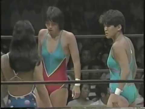 AJW: Crush Girls vs Jumping Bomb Angels [July 1984]