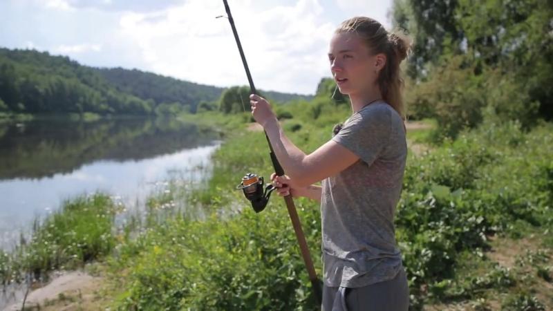 [Снасти здрасьте!] Что будет если не доткнуть на рыбалке Сломали девушке фидер