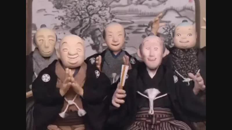 Кто же это? — Со шляпы слетают Лепестки горных камелий. (с) Ясуй, аниматор Кихатиро Кавамото.