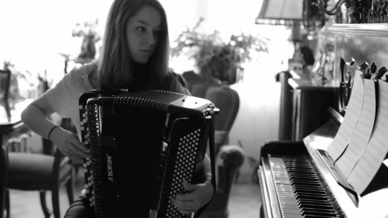 Le jour davant cover 2. Yann Tiersen accordéon