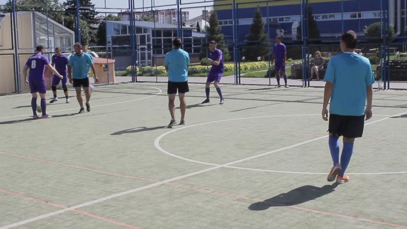 футбол на поле ДЕЛК_3