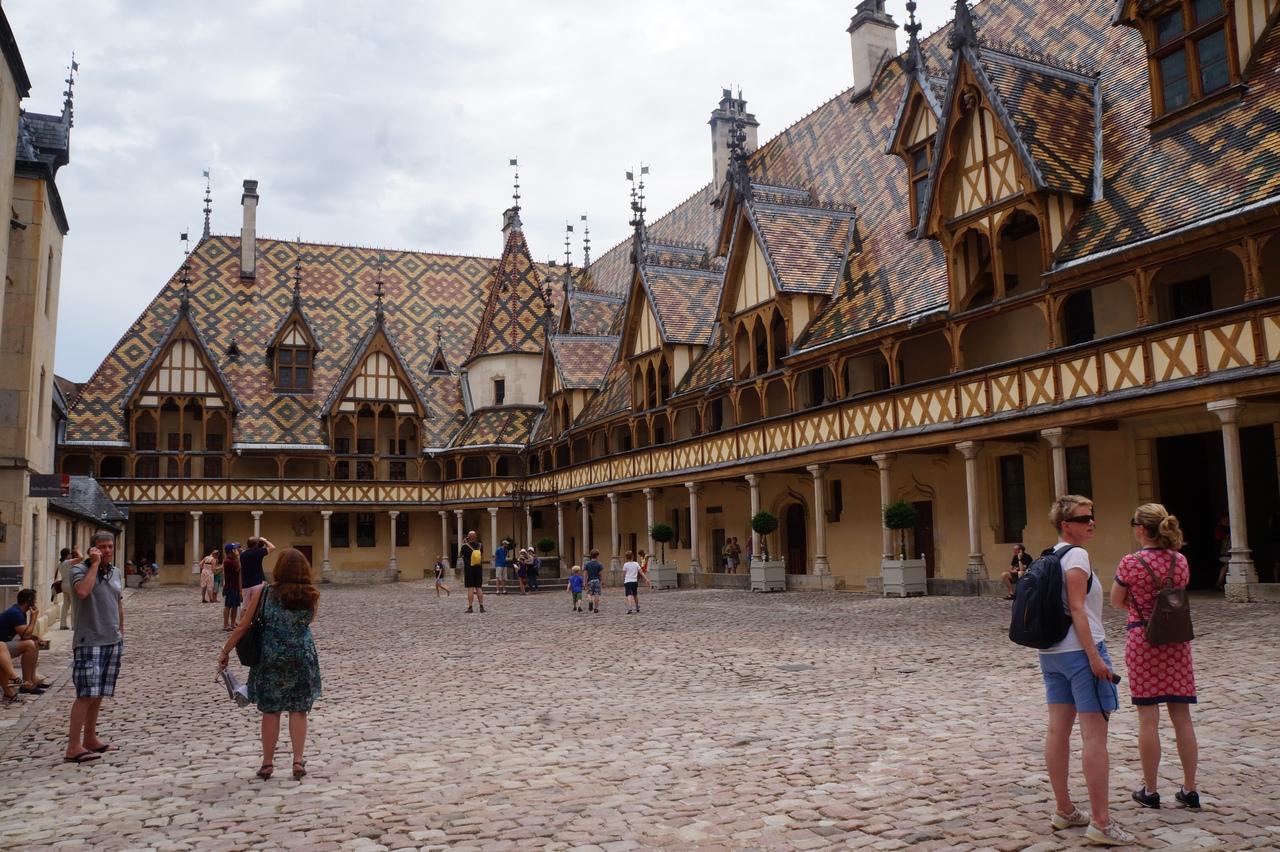 Средневековый хоспис в Боне - лучший музей Европы