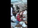 Kerem Bürsin, Serenay Sarıkaya, Elçin Sangu ve Selma Ergeç ile birlikte Mykonosta! - - KeremBürsin @KeremBursin