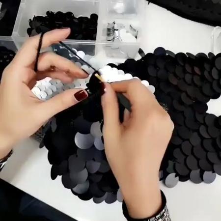 """❤️👚 Crochê Sem Mistério on Instagram: """"❤Siga:@crochesemmisterio 🚨Já tentou fazer crochê e não conseguiu?🚨 . . 💜 Descubra como é possível aprender a..."""