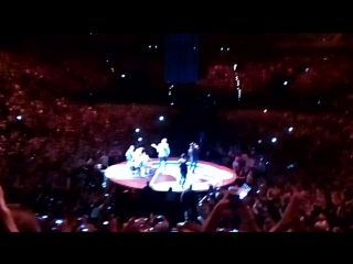 U2 - Elevation (ietour,  Hamburg, 03.10.2018)