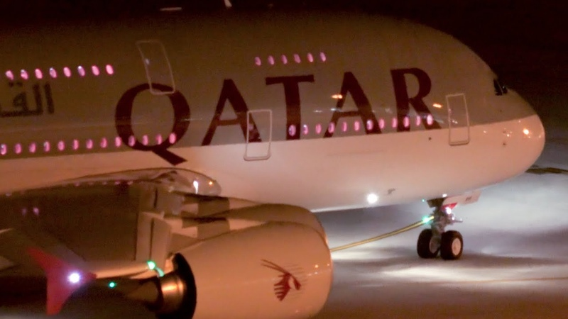 SYDNEY HEAVIES at NIGHT | A380 B777 A350 | Sydney Airport Plane Spotting