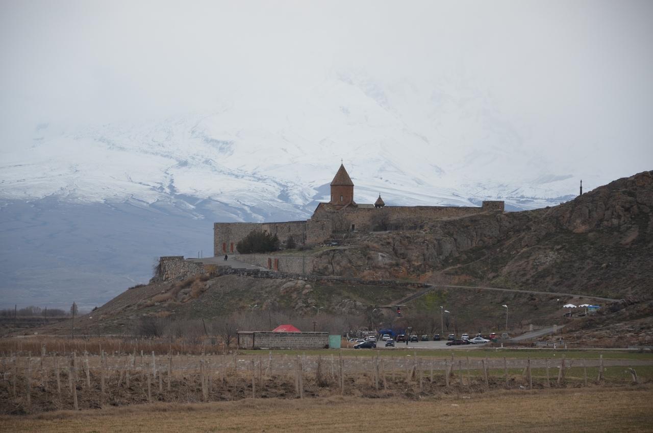 Nlxmqky9FzA Хор Вирап в Армении.