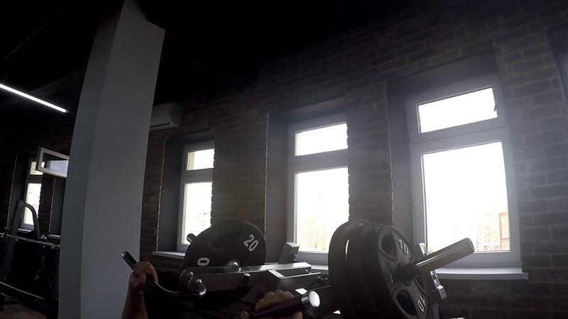 Сергей Суворов о технике упражнения ☝️Жим на горизонтальной скамье в тренажёре системы Хаммер