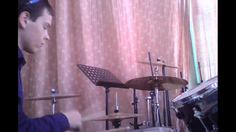 Тренировочка на живом барабане после дежурства