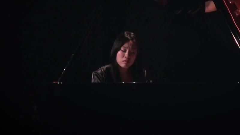 852 J. S. Bach - Prelude and Fugue in E-flat major, BWV 852 [Das Wohltemperierte Klavier 1 N. 7] - HJ Lim, piano