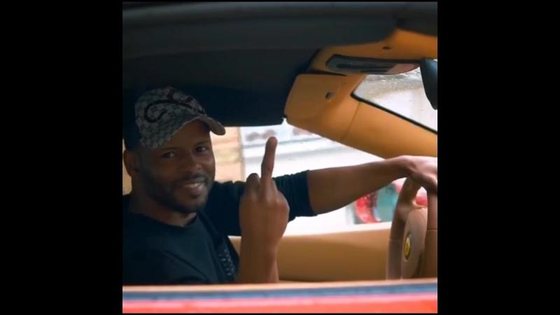 Я таксист-пофегист:)