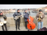 Уличные музыканты. Джаз №2 на Карловом Мосту.