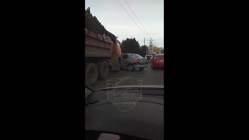 ДТП на площади 2-й Пятилетки. 18 сентября.