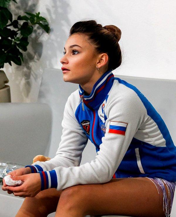 Софья Самодурова - Страница 4 Zb9mUYOEG-k