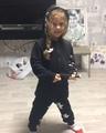 Наталия в Instagram Вот такая юная музыкальная Муха у нас!!! Известный поп-хит в Вериной рок-обработке, роль гитары исполняет Егоркина флейта!)))...