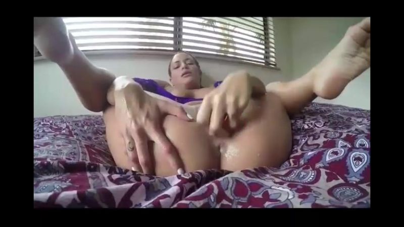 Female Fucking Herself With A Dildo Squirts All Over Her Bed.mp4