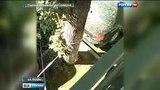 Вести-Москва На северо-востоке Москвы прорвало водопровод, повреждены 12 автомобилей